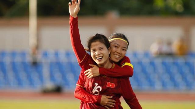Tiền đạo Phạm Hải Yến: 'Tuyển nữ rất vui vì được HLV Park Hang Seo cổ vũ'