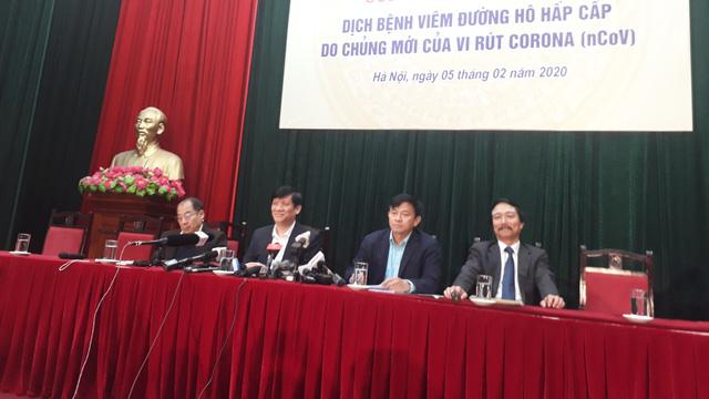 """TT Bộ Y tế Nguyễn Thanh Long: Chúng ta cần bình tĩnh mới chiến thắng dịch, tránh thông tin """"thuyết âm mưu"""""""