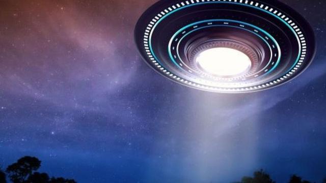 Anh sắp công bố tài liệu tuyệt mật về UFO: Người ngoài hành tinh là có thật?