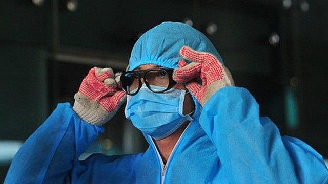 Tình hình sức khoẻ của 2 ca nhiễm Covid-19 tiến triển nặng, phải thở máy