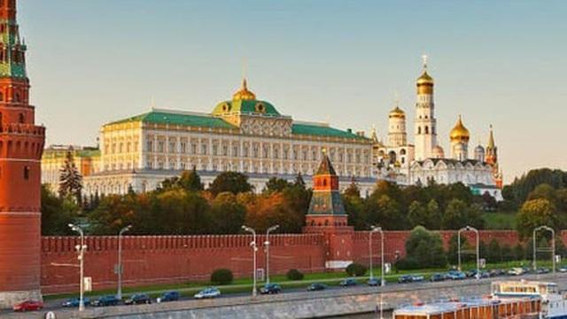 """""""Canh bạc"""" trong cuộc chiến giá dầu có đưa TT Putin thoát khỏi rủi ro và giành chiến thắng?"""