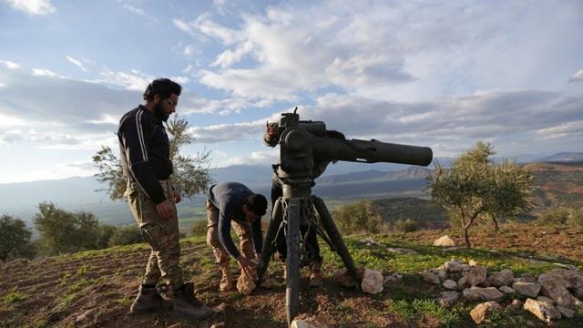 """""""Pháo đài"""" bất khả xâm phạm của Nga bị tên lửa TOW của Mỹ """"chọc thủng"""" trên chiến trường Syria?"""