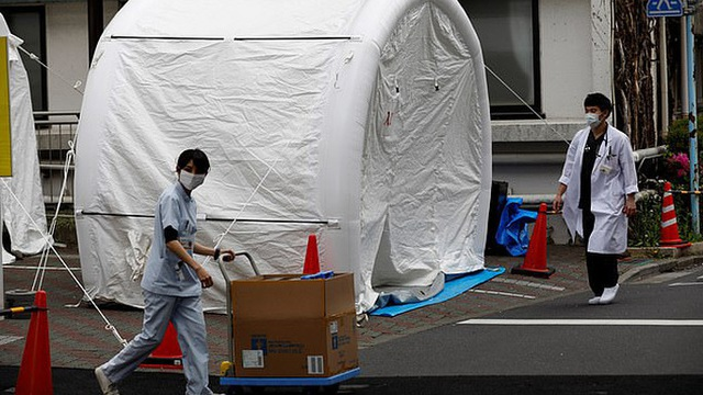 Covid-19 ở Nhật: Bệnh nhân sốt, khó thở bị 80 bệnh viện từ chối