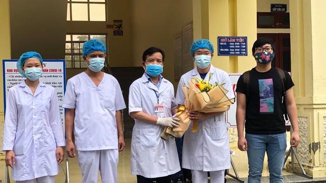 Thêm 5 bệnh nhân mắc Covid-19 khỏi bệnh, cả nước còn 62 người đang điều trị