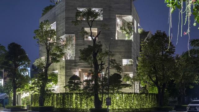 Hạ Long: Sống ở biệt thự mà không khác gì cuộc sống trong rừng