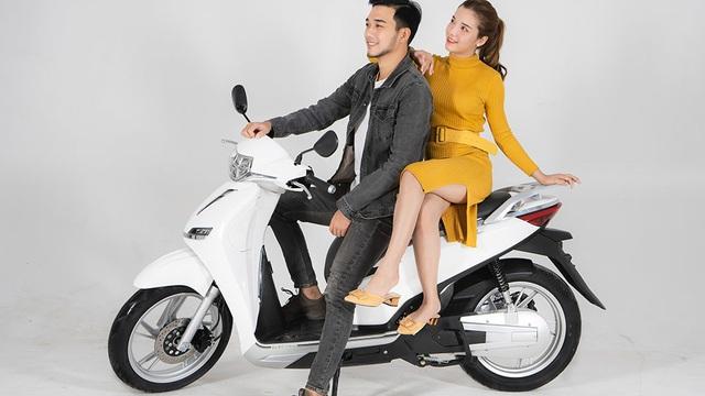 """Vì sao xe máy """"made in Vietnam"""" giống Honda SH nhưng giá chỉ bằng 1/3 đột ngột đổi tên?"""
