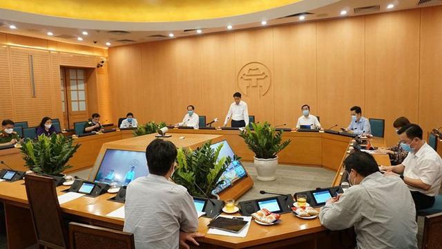 Chủ tịch Hà Nội: Trên cơ sở tham khảo ý kiến chuyên gia, TP quyết định cửa hàng không thiết yếu chỉ mở cửa từ 9h sáng