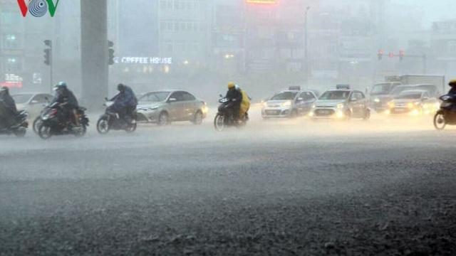 Dự báo thời tiết hôm nay: Miền Bắc có mưa to và dông, trời rét