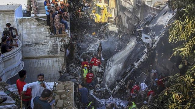 Đặt vé lỗi 3 lần, một người thoát chết hy hữu vì không lên chuyến bay gặp nạn của Pakistan