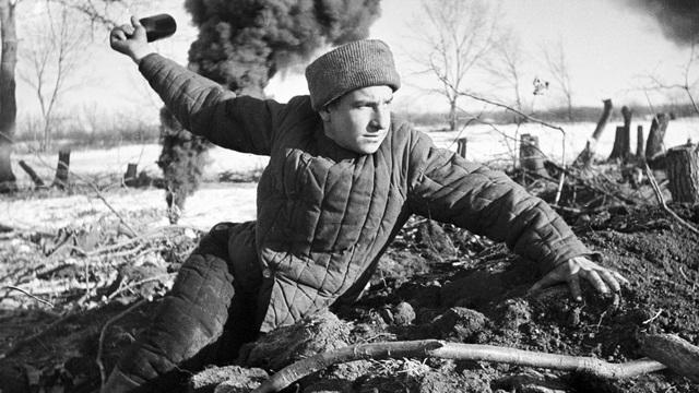 Từ năm thảm họa của Liên Xô đến lật ngược thế cờ trong Thế chiến: 10 điều đặc biệt về sức mạnh Hồng quân