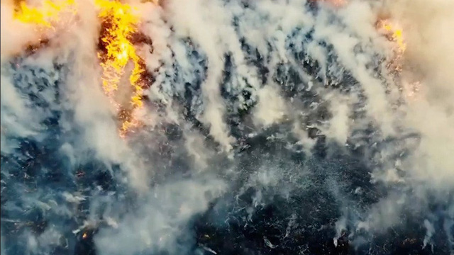 """Sống sót qua mùa đông, lửa thây ma bí ẩn quay trở lại đe dọa """"nung chảy"""" Bắc Cực"""