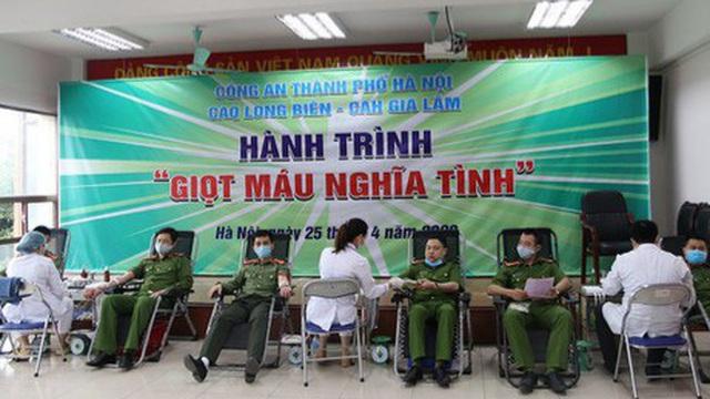Cán bộ, chiến sỹ Công an Hà Nội hiến tặng hơn 6.000 đơn vị máu