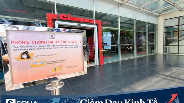 """Rạp chiếu phim ở Hà Nội """"làm điều chưa từng"""" trong ngày đầu mở cửa trở lại mùa Covid-19"""