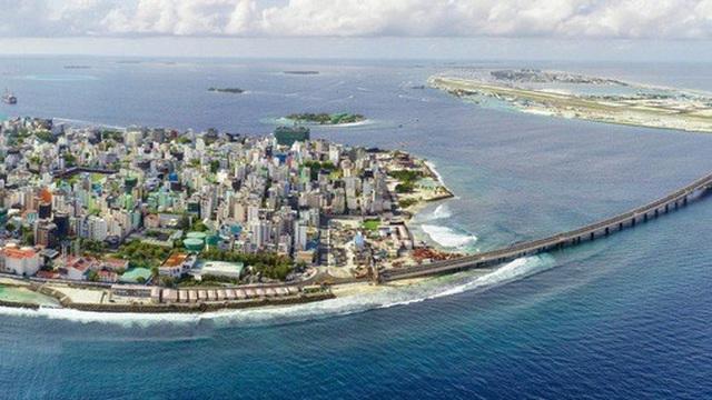 Canh tranh gay gắt tại Ấn Độ Dương: Bất chấp Trung Quốc, một đảo quốc chuyển hướng về Mỹ, Ấn