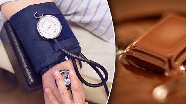 Ăn chocolate giúp giảm nguy cơ tăng huyết áp