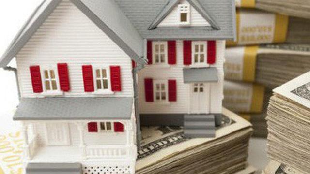 """Chuyện ngày Tết của """"đại gia' địa ốc: Thưởng Tết bằng sổ đỏ  đất nền, lì xì khách hàng 3 tỷ ngày đầu năm"""