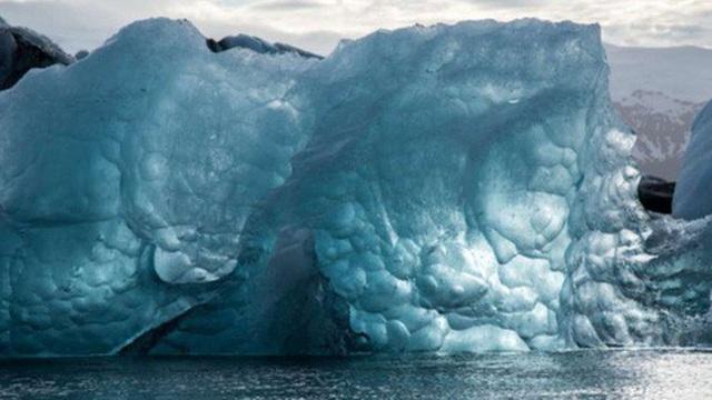 Hiểm họa virus lạ thoát khỏi sông băng cổ xưa