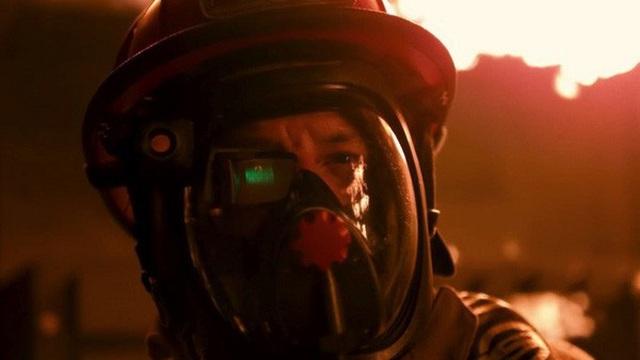 """Các nhà khoa học phát triển mặt nạ tích hợp màn hình, giúp lính cứu hỏa có thể """"nhìn xuyên"""" màn khói dày đặc"""
