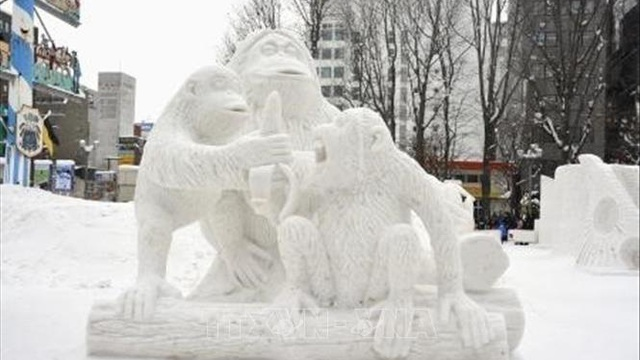 Lễ hội tuyết Sapporo 'điêu đứng' vì nhiệt độ cao hơn bình thường