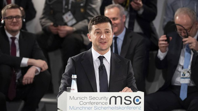 Tổng thống Zelensky: Cần bầu cử địa phương Ukraine tại Donbass và cả Crimea