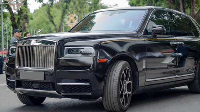 Mới chạy 2.000 km, Rolls-Royce Cullinan có giá bán lại 'rẻ hơn 20 tỷ' so với giá mua mới