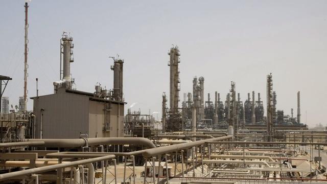 Saudi Arabia bác đề nghị đàm phán của Nga, quyết tăng sản lượng dầu mỏ