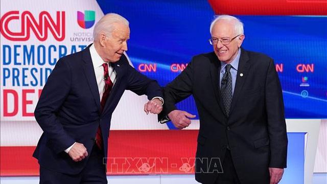 Cuộc tranh luận trực tiếp đầu tiên giữa hai ứng cử viên đảng Dân chủ