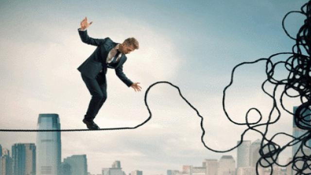 Lực bán mạnh sau phiên tăng cao nhất lịch sử, VnIndex lại 'rung rinh' trước ngưỡng 690 điểm