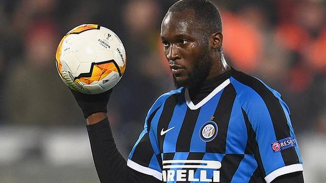 Romelu Lukaku tính tới tương lai trong thời điểm tạm nghỉ thi đấu