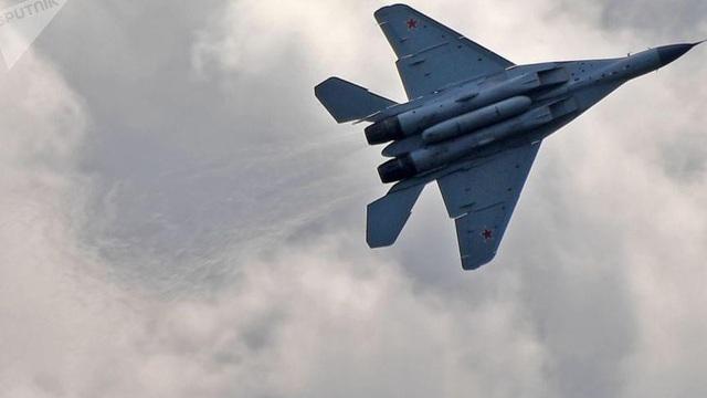 Tiết lộ thêm đặc tính ưu việt của máy bay 'sát thủ' MiG-35 của Nga