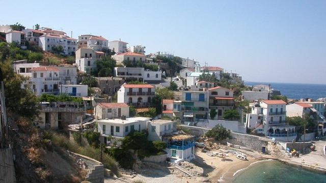 """Giải mã bí ẩn về hòn đảo có người dân """"sống lâu trăm tuổi"""", mang tên nhân vật trong thần thoại Hy Lạp"""