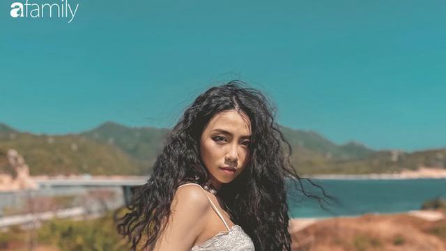 """Đặng Tiểu Tô Sa - cháu gái xinh đẹp của thầy Văn Như Cương """"comeback"""" ngoạn mục với hình ảnh fashionista nóng bỏng đầy quyến rũ tuổi 22"""