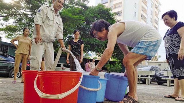 Dân vẫn chờ doanh nghiệp giảm giá điện, nước