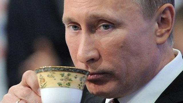 """""""Cuộc chiến song song"""" Syria-Libya: Mạo phạm quân đội Syria ở Idlib, Nga """"ngồi im thưởng trà"""" cũng khiến Thổ Nhĩ Kỳ bị trả đũa """"chí mạng""""?"""