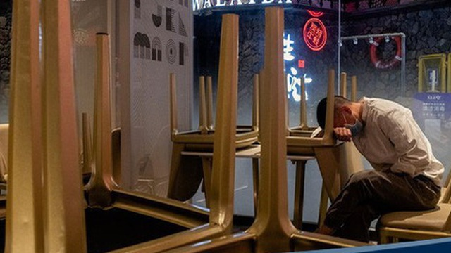 Vũ Hán mở cửa trở lại, các nhà hàng vẫn chưa thoát thảm cảnh do Covid-19 gây ra