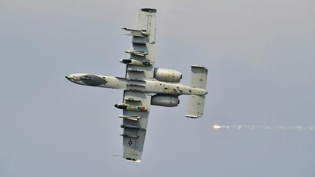 Vì sao Không quân Mỹ duy trì 'sát thủ diệt tăng' A-10 Warthog sau nửa thế kỷ?