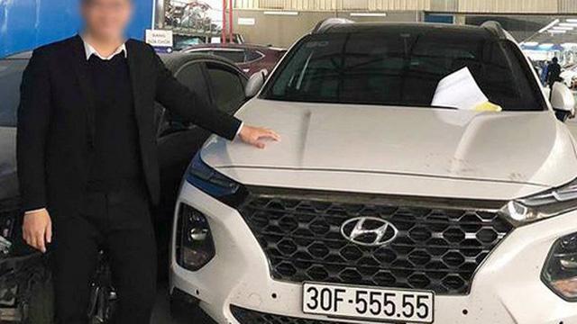 Hạ giá 700 triệu sau hơn một năm, Hyundai Santa Fe biển ngũ quý 5 tại Hà Nội vẫn đắt hơn Mercedes-Benz GLC 200 mới tinh