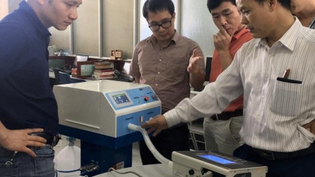 Máy thở hỗ trợ điều trị Covid-19 của trường Đại học Bách khoa Hà Nội