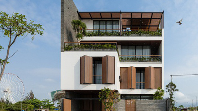 Căn biệt thự 4 tầng, rộng mênh mông ở Đà Nẵng