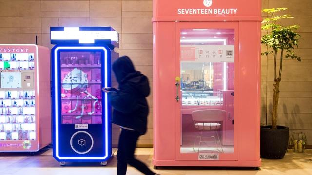 Quầy trang điểm và gian hàng tự động: Xu hướng mới trong phân phối mĩ phẩm không người bán ở châu Á