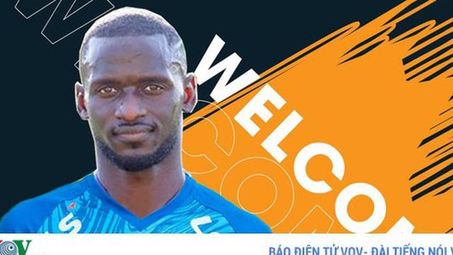 Hà Nội FC bất ngờ cho Quảng Nam mượn ngoại binh