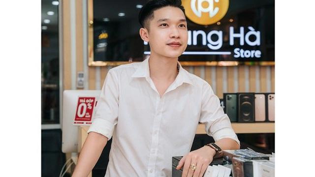 Chủ cửa hàng Nguyễn Trọng Trung chia sẻ bí quyết kinh doanh điện thoại với số vốn ít