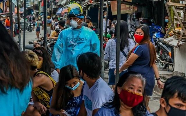 """Số ca COVID-19 Philippines tăng """"sốc"""" sau phát biểu của ông Duterte"""