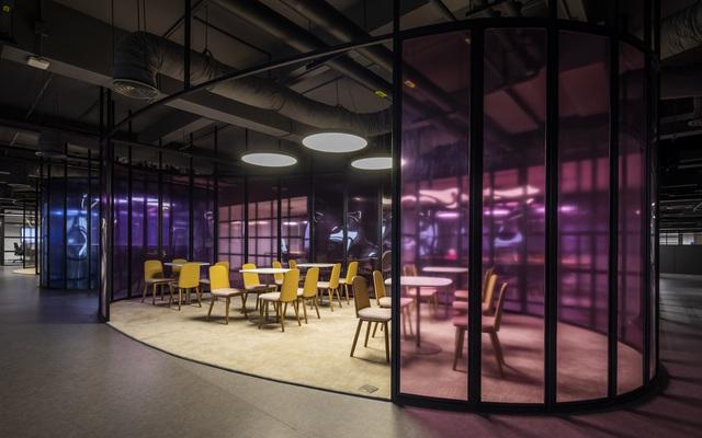 """""""Đột nhập""""  văn phòng của doanh nghiệp chuyên sản xuất đồ nội y cho Victoria's Secret tại Bắc Giang"""