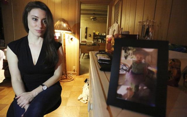 Kiều nữ xinh đẹp khiến mạng xã hội Mỹ bùng nổ phẫn nộ nhưng bản án khiến ai nấy ngỡ ngàng