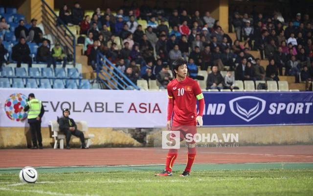 Vừa làm đội trưởng U23 Việt Nam, Công Phượng đã đón tin buồn