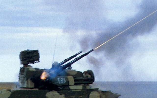 """Hệ thống phòng không Tunguska mắc lỗi, suýt """"thịt"""" cả quân mình"""