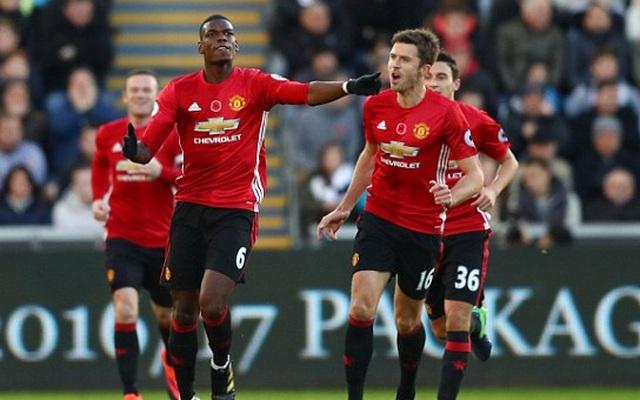 """Mourinho đã biết dùng """"món quà báu"""" Alex Ferguson để lại"""