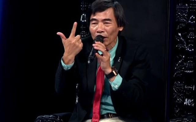 """Tiến sĩ Lê Thẩm Dương: """"Bằng cấp giá trị gì? Quăng cái bằng tiến sĩ của tôi đi"""""""