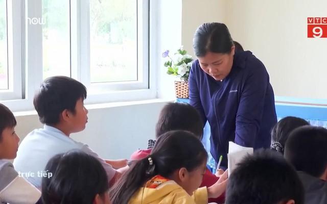'Hỏi cung' học sinh sau vụ phạt tát học sinh 231 cái: Hiệu trưởng khẳng định 'trường không sai'